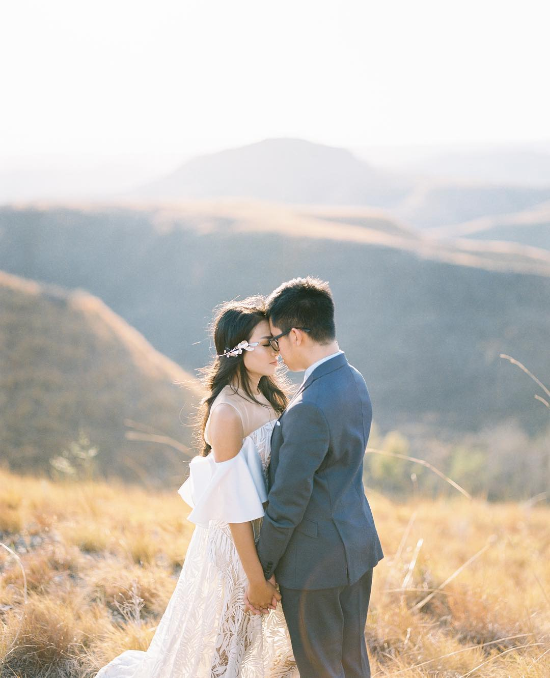 28751859 430448400717782 1974784816914104320 N : Being Different for Your Big Day by Enjoying The elements of Surprise With Analog Camera
