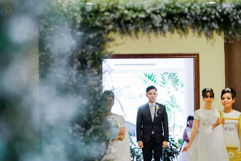 X14 : Vanilla Twilight with Chic Style in Your Big Day